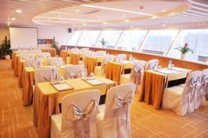 长沙回收酒店饭店物资,餐桌椅